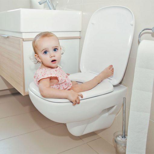 آموزش دستشویی رفتن به کودک