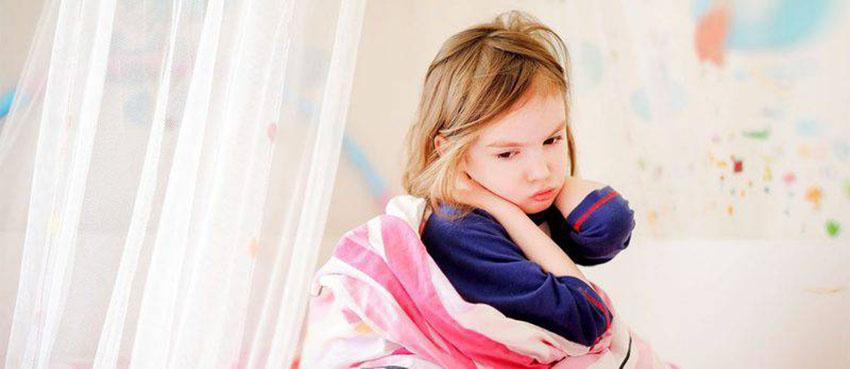 والدین وابسته یا والدین به ظاهر مهربان