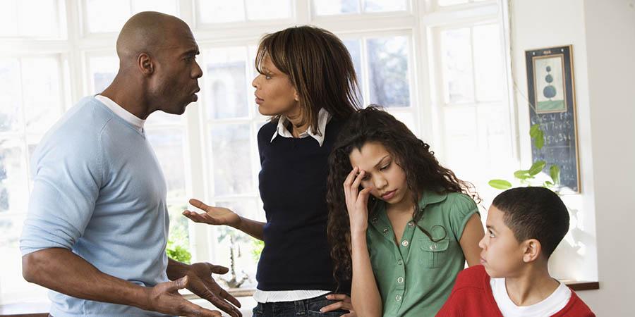 تاثیراضطراب والدین دررفتار غیرعادی کودکان